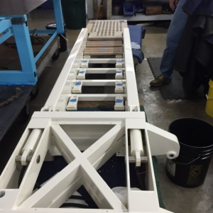 Hydraulic boarding ladder
