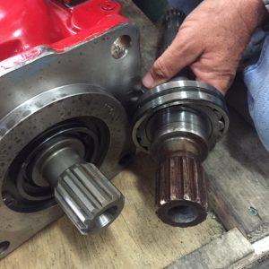 Main engine transmission high seas hydraulics for Hydraulic motor with pto spline